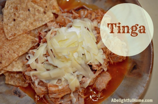 tinga with corn chips