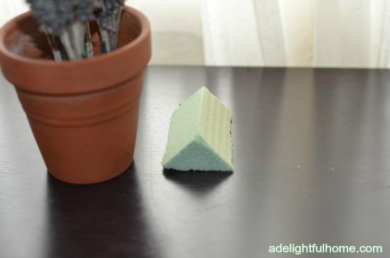 foam triangle