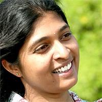 Vineetha_Reddy_Headshot_200x200