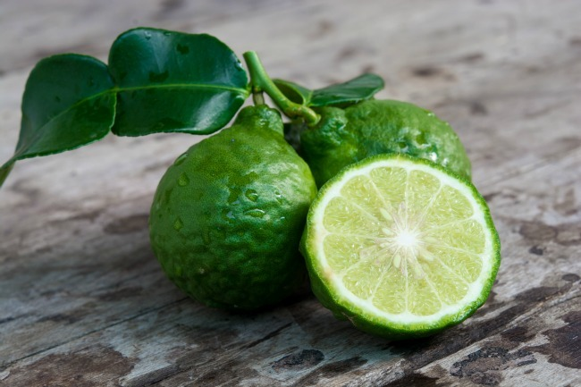 How to Use Bergamot Essential Oil to Reduce Stress ...