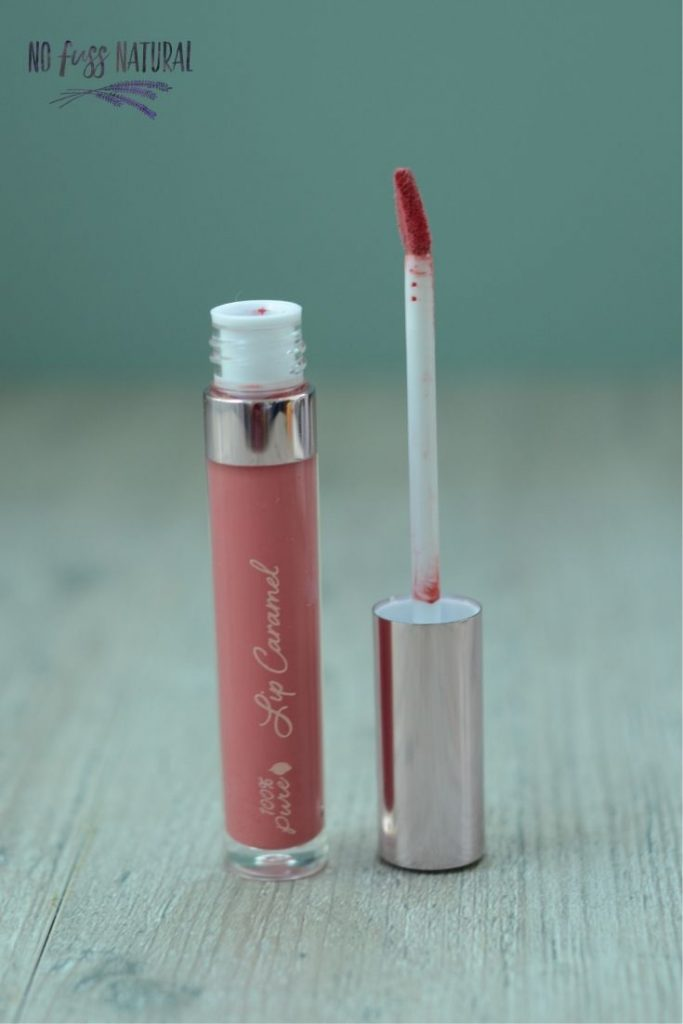 Natural liquid lipstick