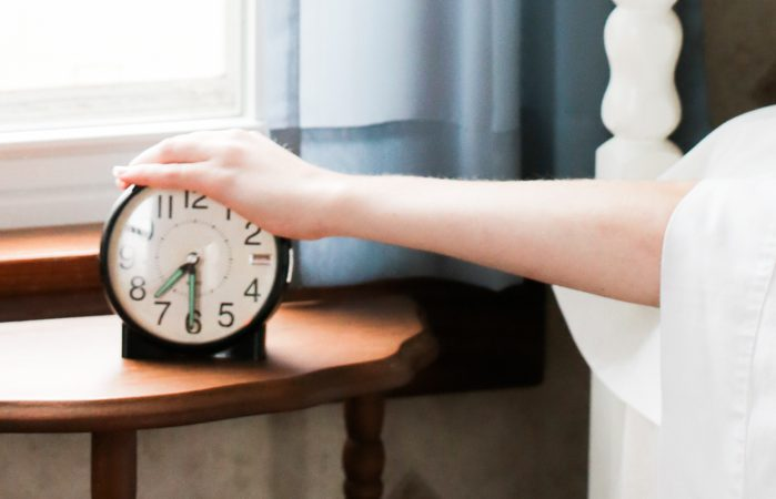setting a regular bedtime helps promote good sleep habits naturally